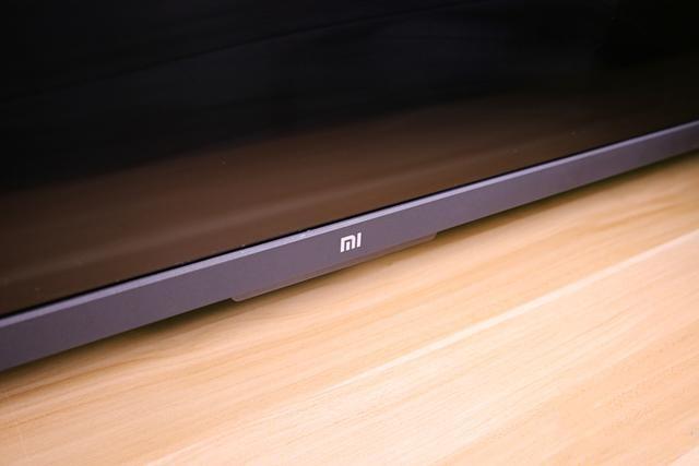 外观粗犷体验全靠系统 65吋小米电视4A电视评测