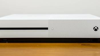 #蘑菇爱搞机# 篇十五:拥有了Xbox就能拥有永远年轻的灵魂?国行Xbox ONE S 开箱试用