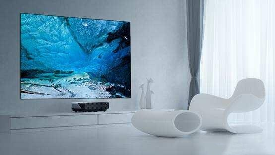 大屏观看,选激光电视还是智能投影?