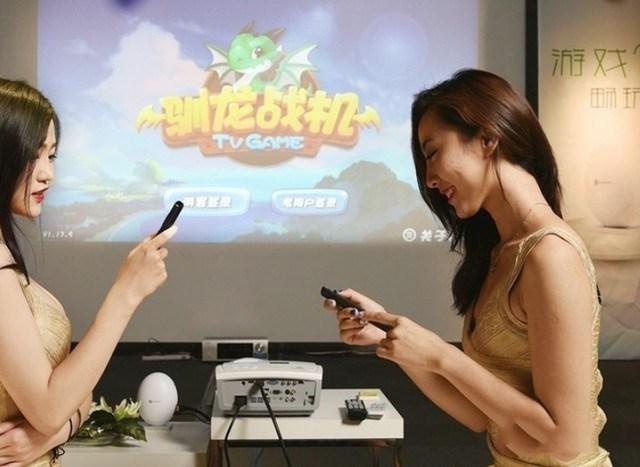 大屏更畅快 用投影玩手游是怎样的体验?