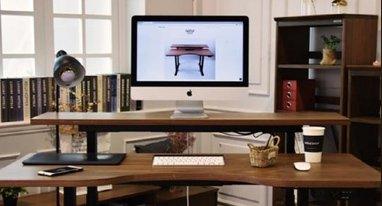 这是一款会看身高的桌子 坐姿站姿全兼容