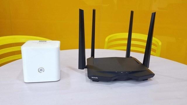 """WiFi天线各""""姿势""""跟信号有啥关系"""