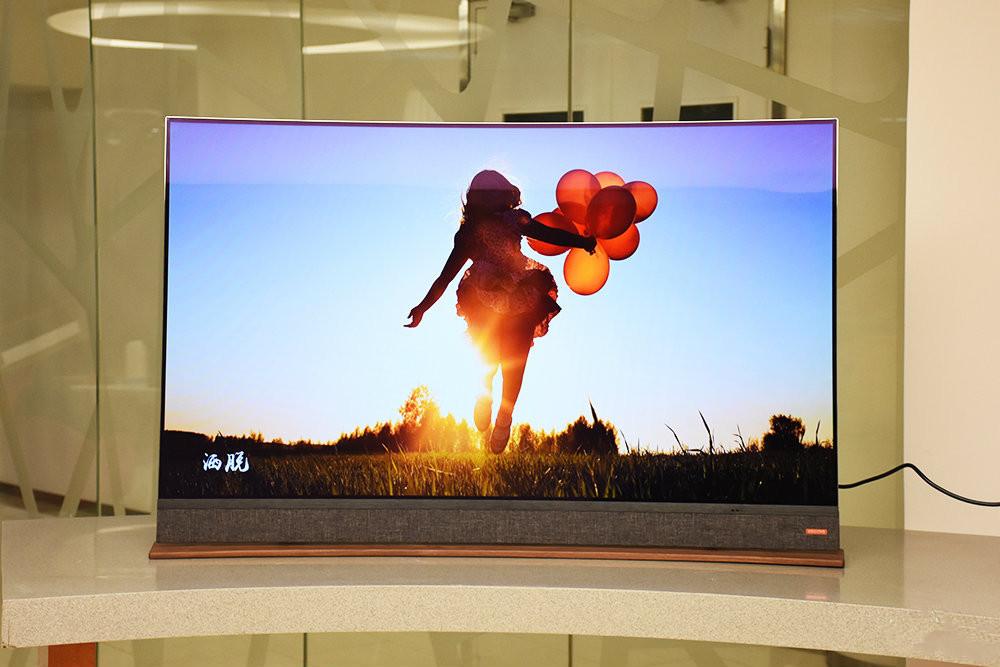 满身的艺术气息 酷开T55 OLED版美图欣赏