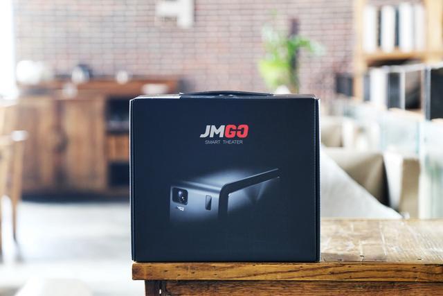 什么投影机好用?坚果J6投影机怎么样?