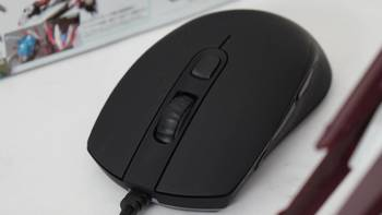 16000DPI的电竞利器,QPAD -30 游戏鼠标开箱: