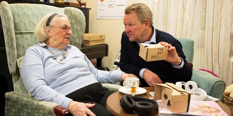 即便最简单的Cardboard 也可以帮助痴呆症老人重获新生