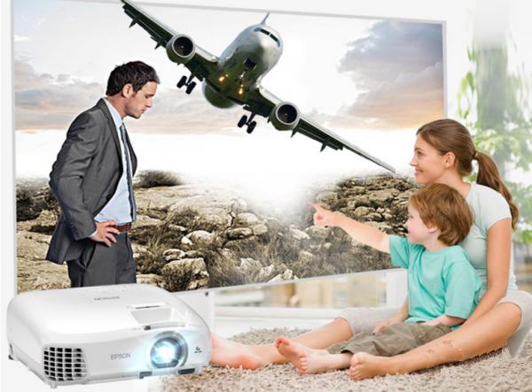 与家人共享大屏好时光 家用投影机年度推荐