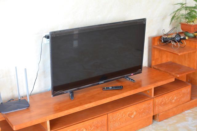 售价999,39寸蓝光护眼,超窄边框液晶平板电视评测