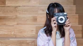 """富士 SQ6评测:变""""方""""了的一次成像相机更好玩"""