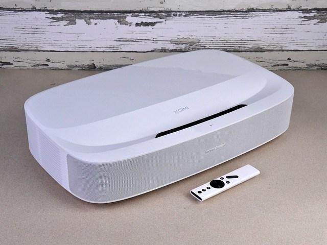 重新定义居家百吋大屏 极米4K激光电视评测