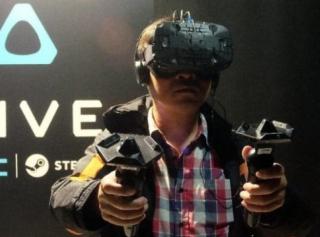 HTC要开自己的VR体验店?产品首选幻速赛车模拟器