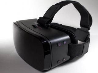 成人片专用VR头显上市 预装内容很有料