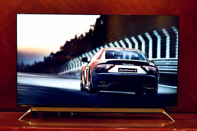 1万五的60寸液晶电视,竟有这么高逼格