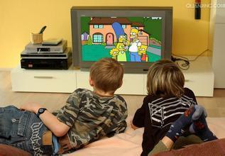 打宝宝屁股吗?宝宝沉迷电视怎么办?