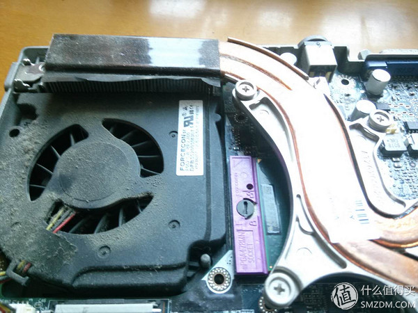 戴尔 d630 笔记本电脑 改散热 升级  拆卸过程中最好每一个步骤都拍张