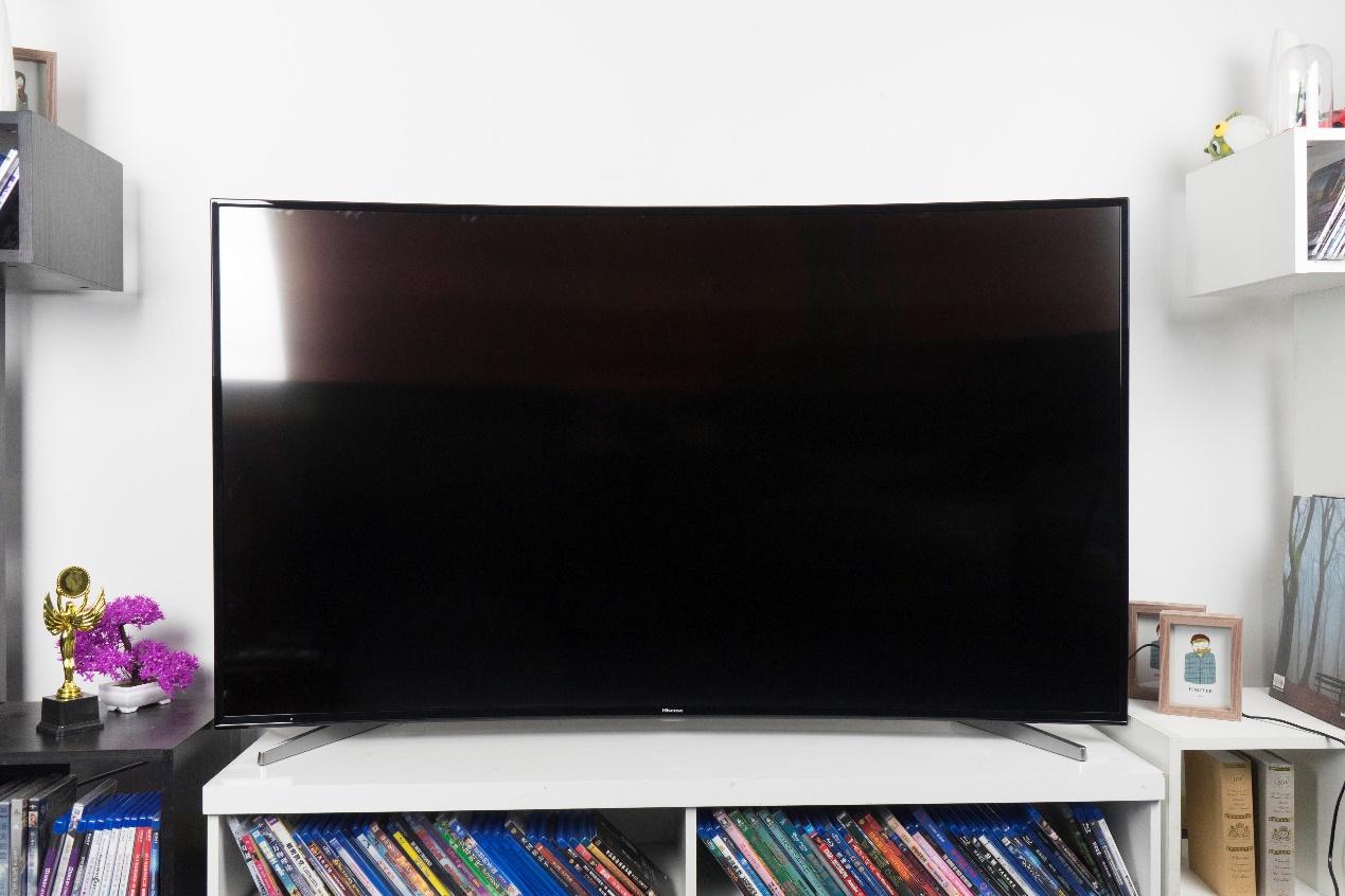 4K+曲面打造影院体验 海信LED65E7CY电视评测