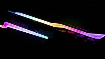 终极硬件 篇一:致即将失去光环的前地表最强显卡:MSI 微星 GTX1080Ti LIGHTNING 11G 光耀