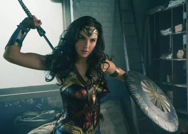 《神奇女侠》智能电视独播资源,盖尔加朵性感演绎女英雄
