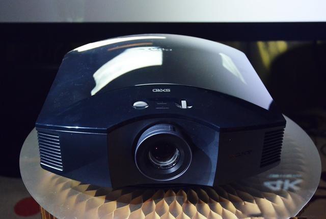 面向主流市场,索尼再推两款高清家用投影VPL-HW69/VPL-HW49