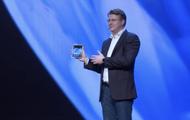 三星展示新可折叠屏技术 平板大小屏幕可折成手机