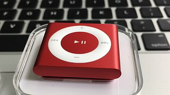 #原创新人# 夜跑听歌利器:Apple 苹果 iPod shuffle MP3播放器 开箱