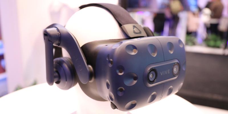 HTC推出Vive Pro专业版VR系统 视觉听觉追踪定位全面升级