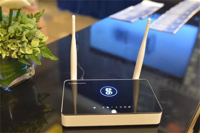 家里无线路由器网速慢?教你轻松一招,网速快10倍能穿墙!