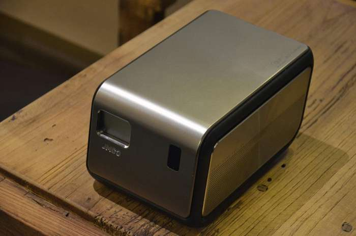 亮度超小米激光投影电视,坚果J6S投影极具性价比!