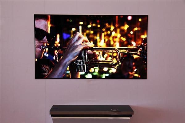 3.6mm 创维柔性OLED壁纸电视发布 99999元!
