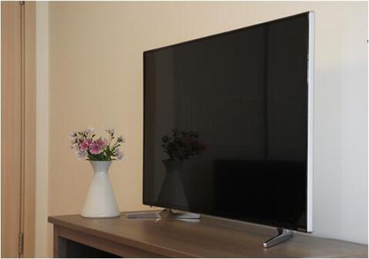 43寸互联网智能电视仅千余元?老人模式是亮点