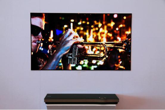 OLED电视引领高端潮流,中国品牌走在最前沿