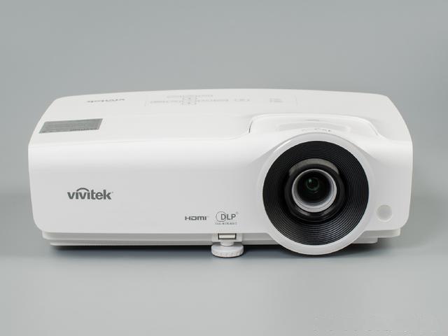 6000元的客厅影院投影机丽讯H658F全高清投影机评测
