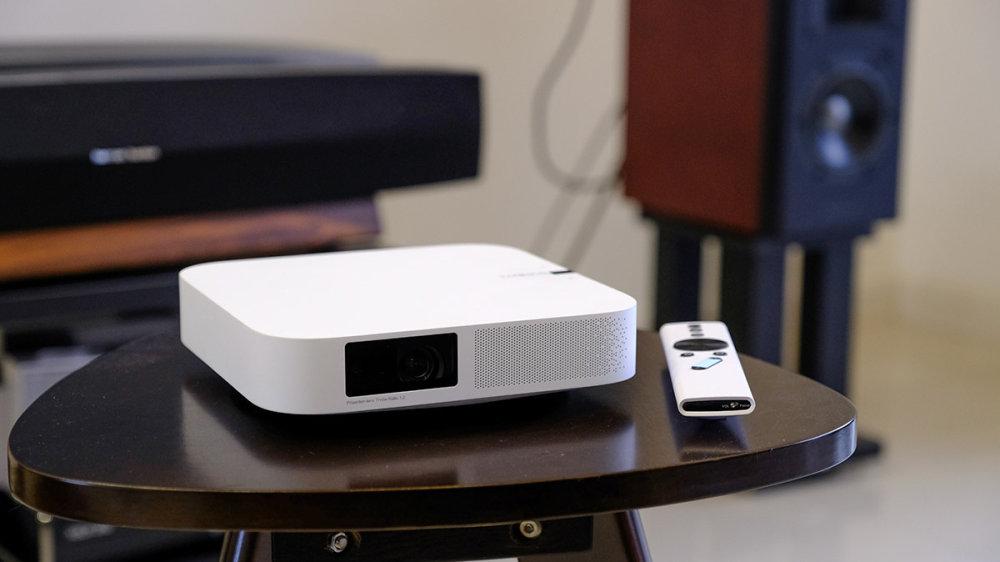首款3000元内的1080p无屏电视!极米Z6抢先试用