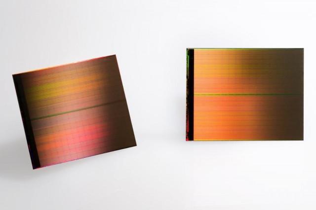英特尔3D固态硬盘年底上市 速度提升10倍