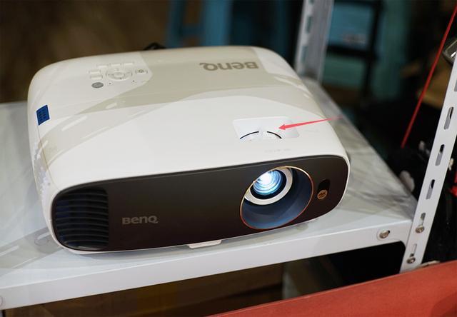 万元级4k投影机又一选择!优派TUD938家庭影院投影机试用
