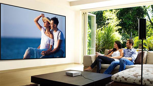 神画大威高亮家庭投影,隔空触控给你不一样的投影体验!