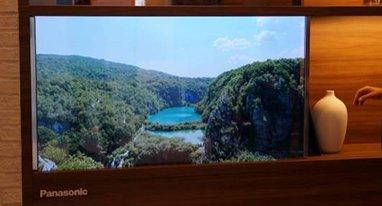 松下展示概念透明电视 关机时就是一块玻璃