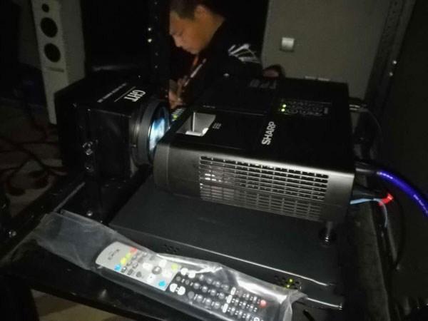 夏普推出全高清3D家庭影院投影机新品XV-FZ490A