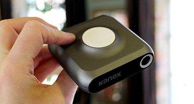 全球首款Apple Watch便携充电器问世 设计真蛋疼