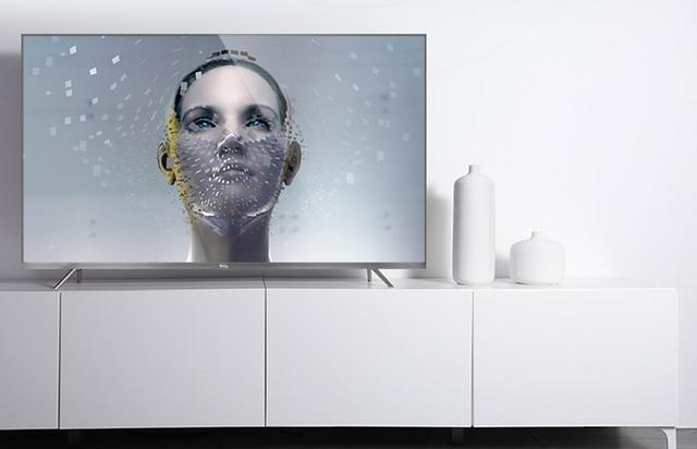 大屏引爆新潮流,客厅电视选购有哪些讲究?