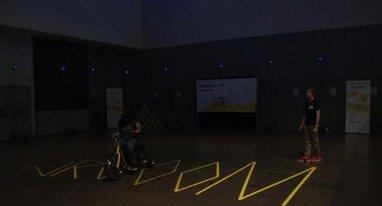 降落伞玩腻了 这回Oculus换了个三轮车模拟器