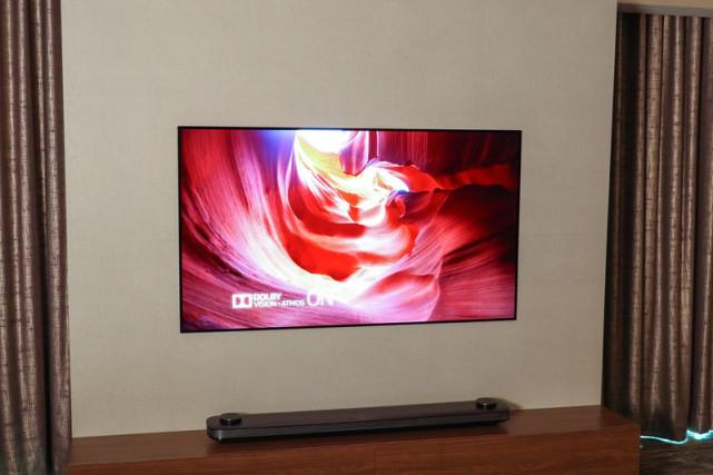 LG W7 OLED电视体验评测:薄如壁纸 炫如风景
