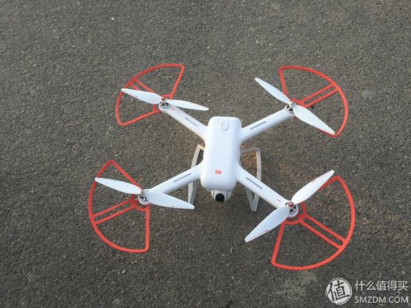 但是摄像头……另外,附上一张小米无人机对比民航客机的图片,可以看出
