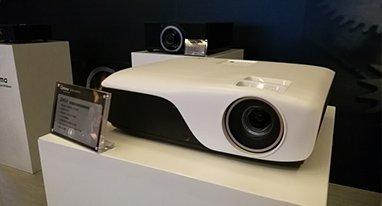 奥图码发激光投影新品 同级别竞争力显现