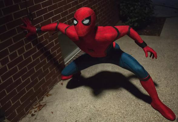 《蜘蛛侠英雄归来》腾讯TV首播,钢铁侠蜘蛛侠联手作战