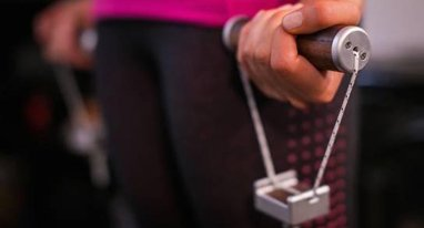 办卡浪费钱?LiftUp智能拉力绳帮你移动健身