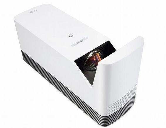 LG最新款激光家用投影机上市,支持史上最短焦投射