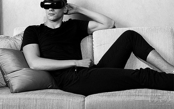 打造私人VR影院,嗨镜牵手新片场开启网络电影发行新渠道