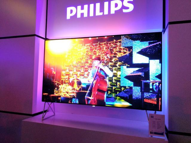 时隔多年飞利浦再发电视新品 98寸8K电视抢眼