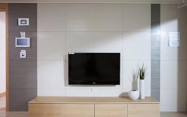 55吋2500档大屏电视评测,颜值与配置兼具的性价比产品